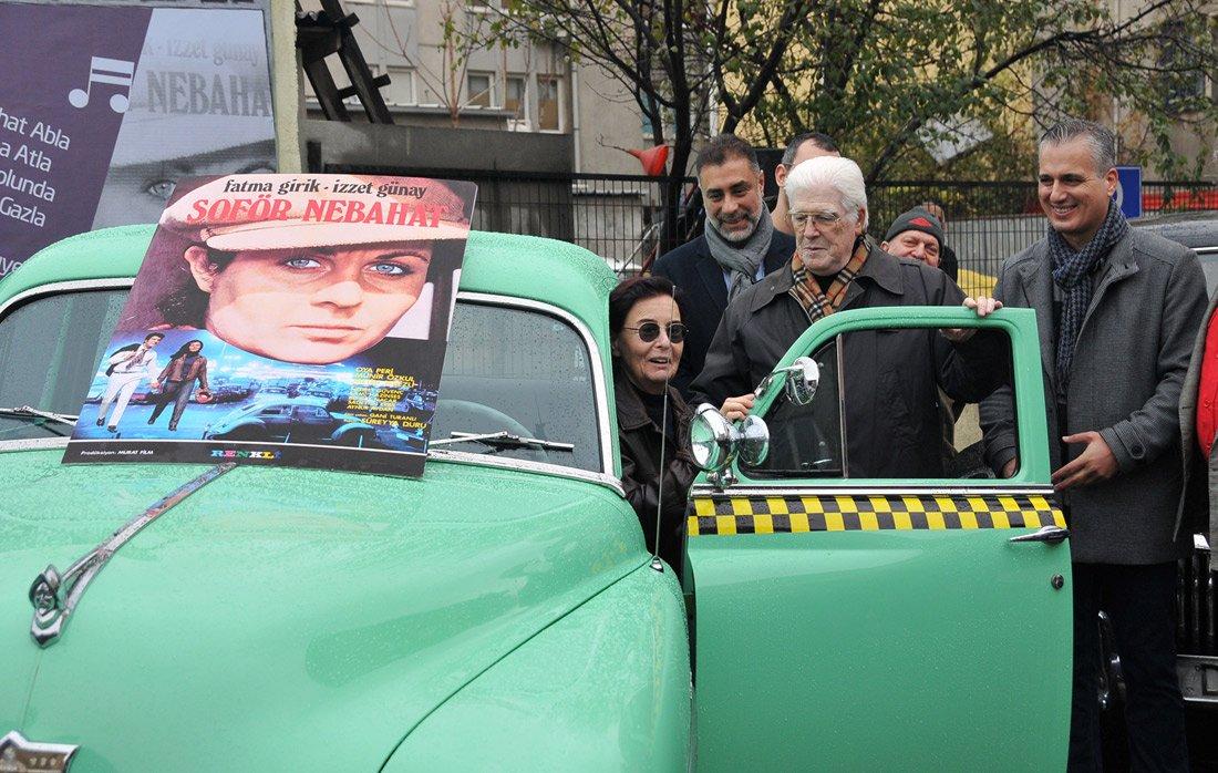 Fatma Girik'e Şoför Nebahat'lı yaş günü