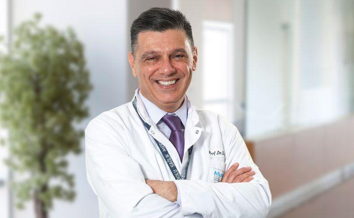 Anadolu Sağlık Merkezi Fiziksel Tıp ve Rehabilitasyon Uzmanı Prof. Dr. Semih Akı